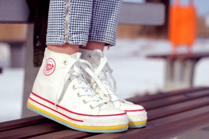 נעליים רבותיי נעליים